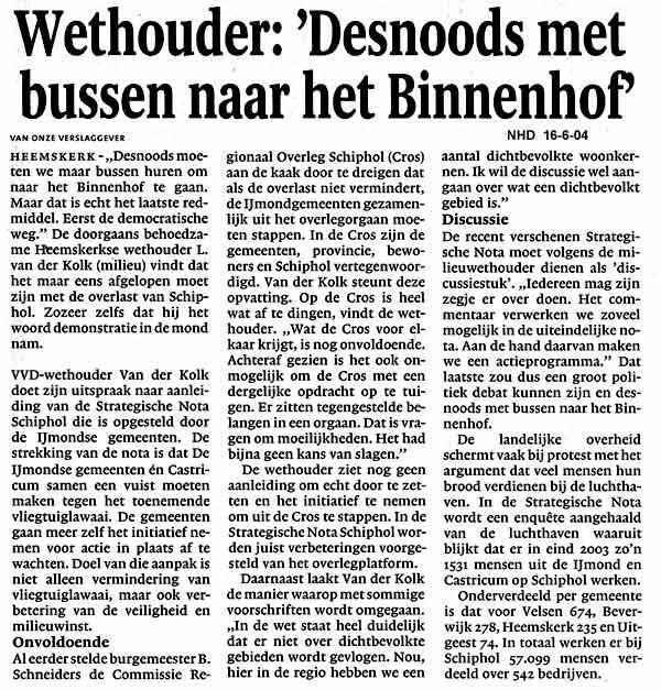 Wethouder Desnoods met bussen naar het Binnenhof