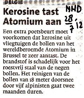 Kerosine tast Atomium aan