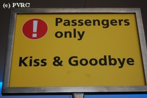 Schipholl_kiss_and_goodbye_DSC_3280.JPG