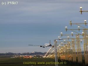 Vervoer Schiphol in november licht gestegen