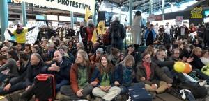honderde_mensen_protestival.jpg